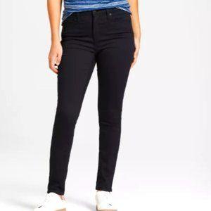 American Eagle Black Strechy Skinny Jeans